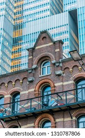 Mixed architecture of modern and traditional architecture in Rotterdam City