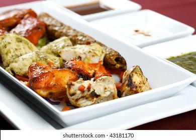 mixed tandoori platter with chutney