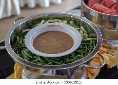 mixed vegetable with chilli in a buffet setup