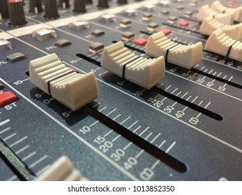 Mixer sound effect