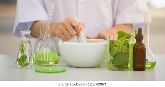 mixing extraction for new pharmacy formulation,Innovative technologies in science and medicine.