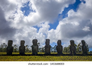 Moans statues, easter island, Chile