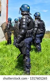 mobile gendarmerie, policing