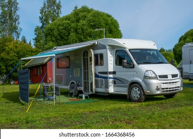 Mobile home in caravan area