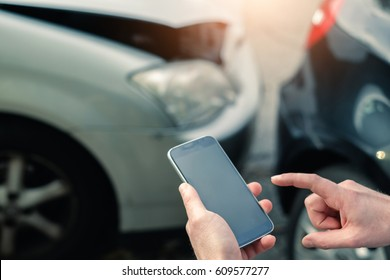 Mobile phone help calling after a car accident
