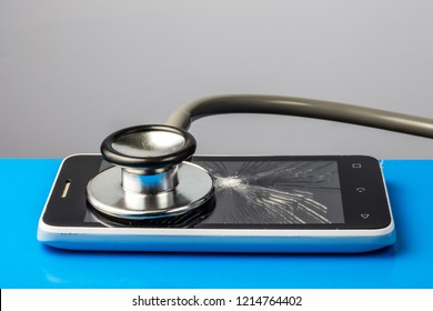 Mobile phone and stethoscope, repair concept