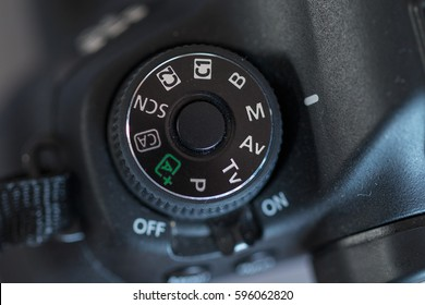 Mode dial on my Canon 6D camera, set to manual mode
