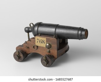 Model of a Carronade on a Sea Carriage, 19th century arms