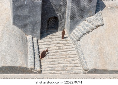 Model of The Gate of the three arches in Tel Dan, Israel
