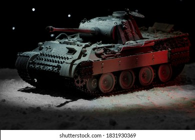 Model of the German Panther medium tank in winter camouflage in the snow