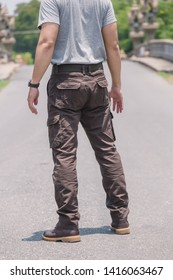 Model wearing brown  color cargo pants or cargo trousers