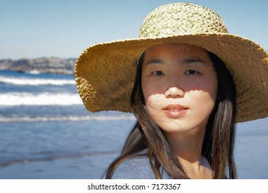 Modeling a big straw hat