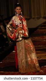 MODEMORPHOSE- Didi Budihardjo spring 2006 collection