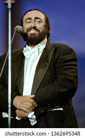 "Modena  Italy, 01 June 1999, Charity event ""Pavarotti & Friends 99"" in concert for Guatemala at Novi Sad Park : the tenor Luciano Pavarotti during the concert"