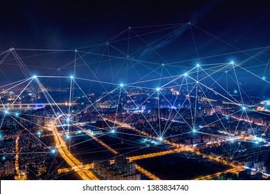 Moderne Stadt mit Konzept für drahtlose Netzwerkverbindung