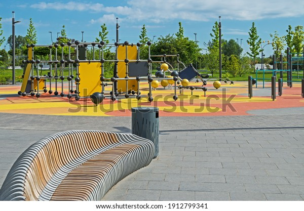 modern-colorful-large-playground-city-60