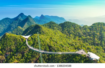 Modern construction - Sky bridge on Langkawi island. Adventure holiday. Tourist attraction of Malaysia. Travel concept. - Obraz