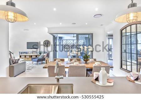 Modern Dining Room Kitchen Counter Top Stockfoto Jetzt