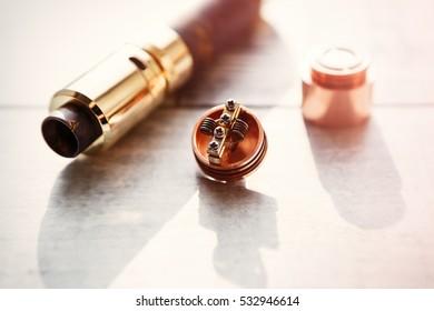 Modern electronic mech mod vaping device spare parts.Popular vaporizer e-cig gadget to vape glycerin liquid.Quit smoking nicotine cigarette,start vaping safe ecig vapor.Device for smoking