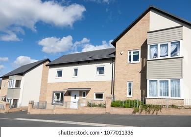 Modern english houses
