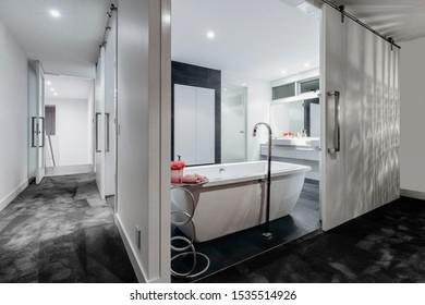 Modern Ensuite Master Bathroom in New Luxury Home