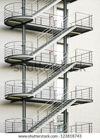Delicieux Modern Fire Escape And Staircase