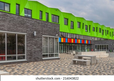 Modern Futuristic Educational Facility in the Netherlands Europe