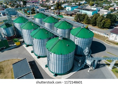 The modern granary. Metal silos with green roofs. A bird's-eye view.