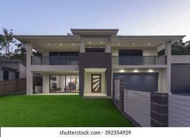 Modern Homes Images, Stock Photos & Vectors | Shutterstock