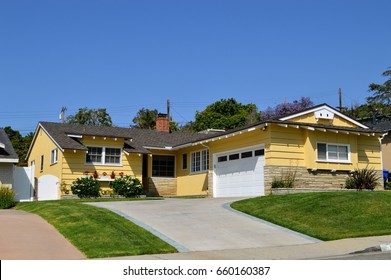 Modern homes and estates in Westside of Los Angeles, CA.