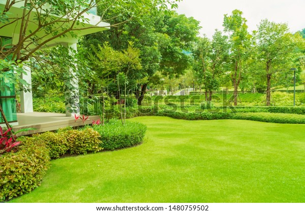 Modern House Beautiful Landscaped Front Yard Stock Photo Edit Now