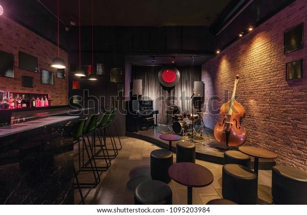 Wonderlijk Modern jazz bar interieur design, podium: stockfoto (nu bewerken DQ-74