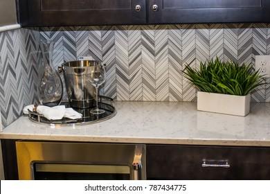 Modern Kitchen Counter With Backsplash