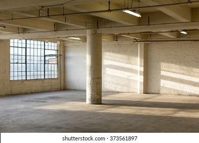 Fenster Loft alt fenster loft industrie stock images royalty free images