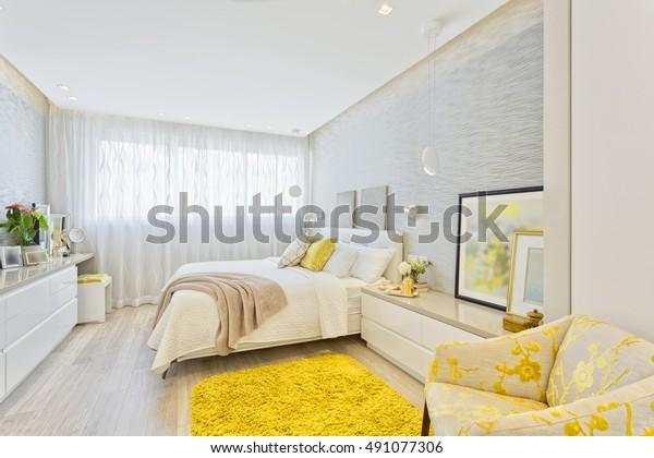 現代奢華臥室
