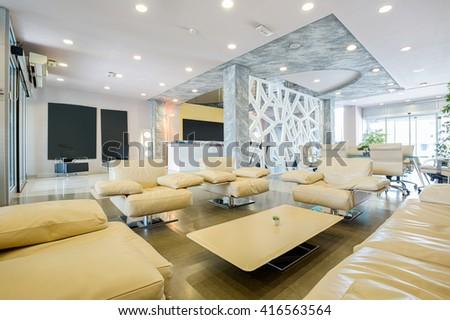 Modern luxury hotel lobby interior stockfoto jetzt bearbeiten