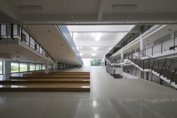 modern-school-interiors-250nw-358690949.jpg