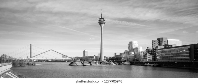 Modern Skyling of Duesseldorf with media port, Germany