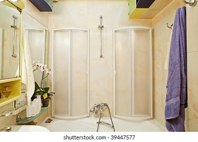 Modern small shower-bath interior
