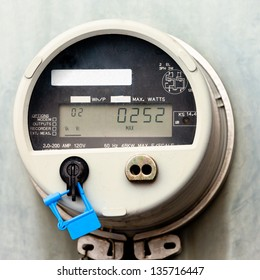 Modern smart grid residential digital power supply meter
