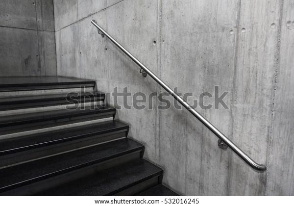 Photo de stock de Escalier Moderne Escaliers En Rambardes En ...