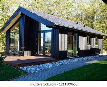 Modern style designed private wooden home summer house
