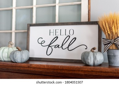 Modern stylish fall decorations for the home in neutral colors