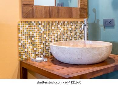 Modern tropical lavatory interior design / home decoration & renovation conceptual