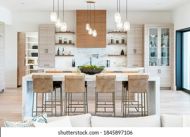 Modern Updated Beautiful Kitchen Design