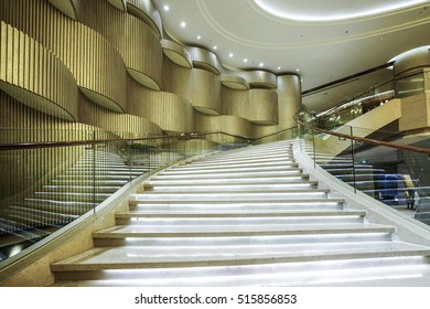 Modern White Marble Stairs For Luxury Interior.