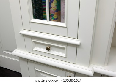 Modern white shoes cabinet