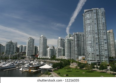 Vancouver's Modern Yaletown Waterfront