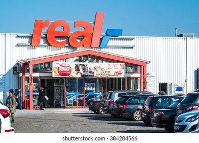 MOERS / GERMANY - MARCH 01 2016 : Real supermarket in the sun