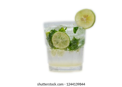 Mojito cocktail isolated background